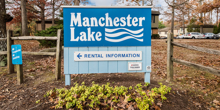 manchester_lake_townhomes_01