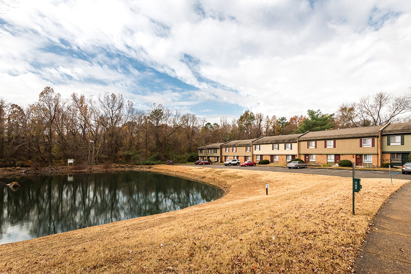 Manchester Lake Townhome Apartments